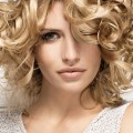Womens-Medium-Length-Haircut-for-Curly-Hair-Haircut-for-Women