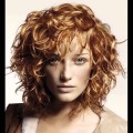 how-to-style-short-curly-bob-hairstyles-1