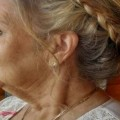 20-Contemporary-and-Stylish-Long-Hairstyles-for-Older-Women-6