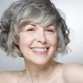 35-Short-hairstyles-for-women-over-50