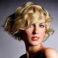 36-Curly-bob-hairstyles-for-women