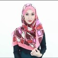 Hijabs-Tutorial-Best-Pashmina-Warp-creative-commons-in-videos