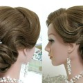 Bridal-hairstyle-for-long-hair-tutorial.-Beautiful-wedding-updo