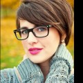 Simple-Short-Women-s-Hairstyles-With-Glasses
