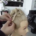 Easy-updos-hairstyle-for-long-hair-haar-opsteken-voor-lang-haar
