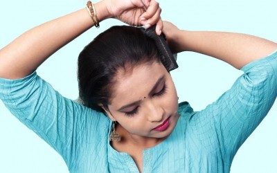 Stylish-self-hairstyles-for-girls-Quick-Hairstyle-for-Partywedding-Self-Hairstyles